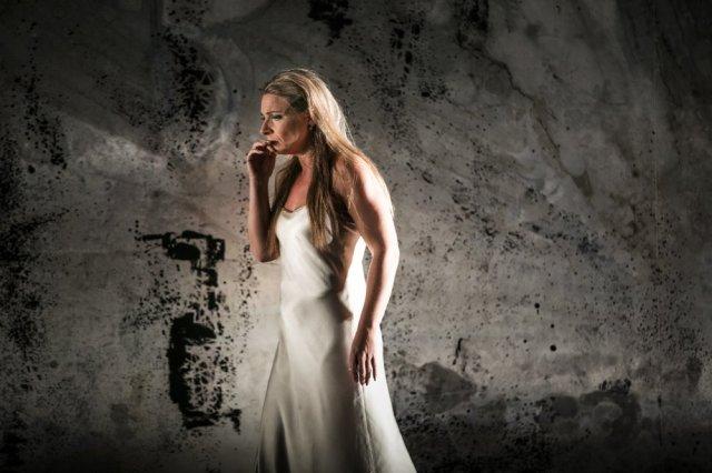 Annalena Persson i Macbeth. Foto - Mats Bäcker