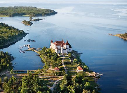 Flygbild över Läckö slott. Foto: Tore Hagman.