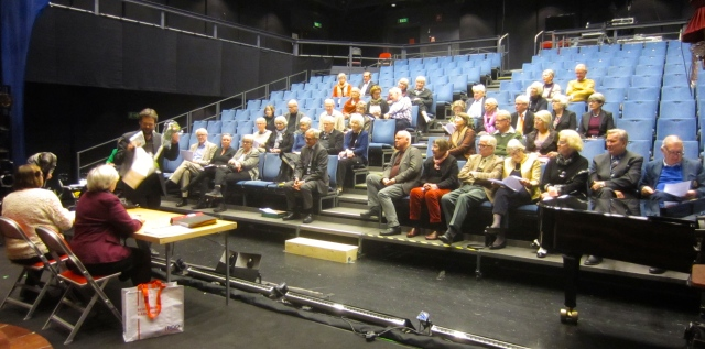 Ett 40-tal medlemmar hade samlats till årsmötet den 10 mars 2014 i Lilla scenen.