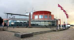 GöteborgsOperan sedd från älven. Foto: Eskil Malmberg.