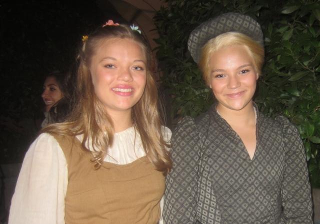 Johanna och Rebecka Wallroth medverkade båda i årets opera på Läckö slott. Foto: Eskil Malmberg.